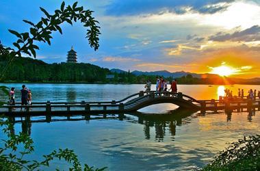 Cảnh đẹp Tây Hồ
